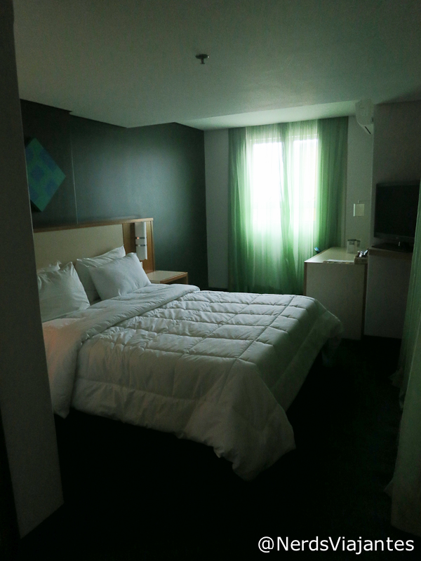 Quarto do Hotel CWB Express