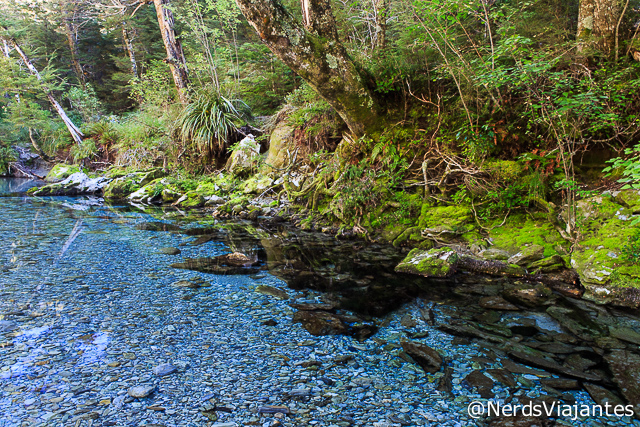Routeburn River no Mount Aspiring National Park - Nova Zelândia