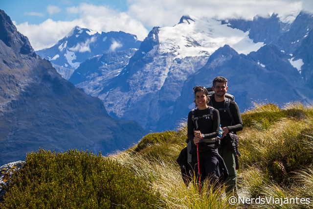 Nerds e as montanhas do Fiordland National Park na Routeburn Track - Nova Zelândia