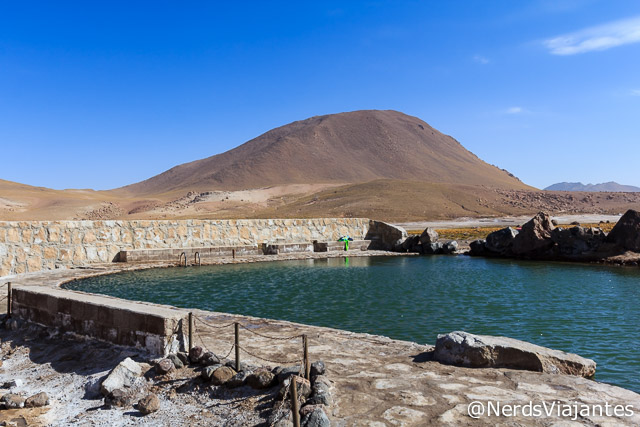Piscina termal nos Geisers del Tatio no Atacama - Chile
