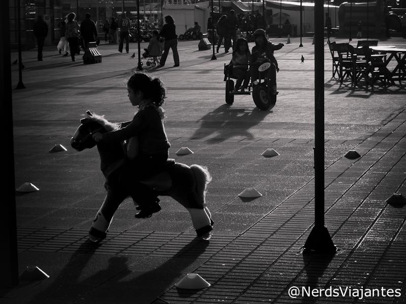 Crianças brincando em Puerto Montt