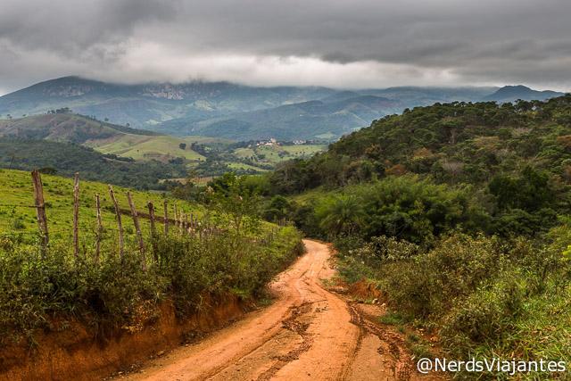Caminho para as cachoeiras do Intancado e da Maçã, Cabeça de Boi - Minas Gerais